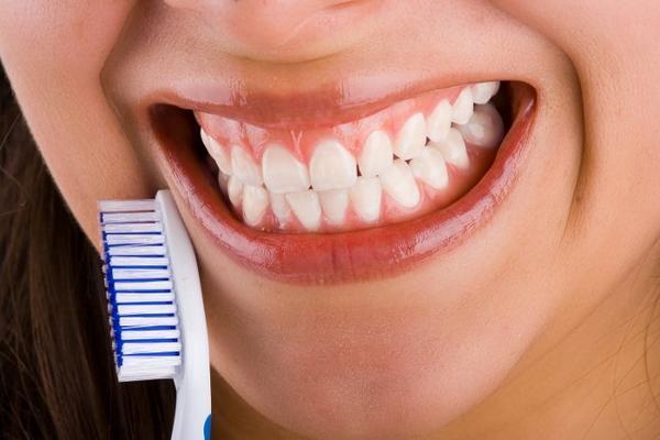 La importancia de la limpieza bucal