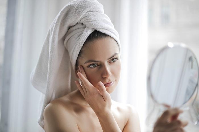 diferencia rosacea y acne